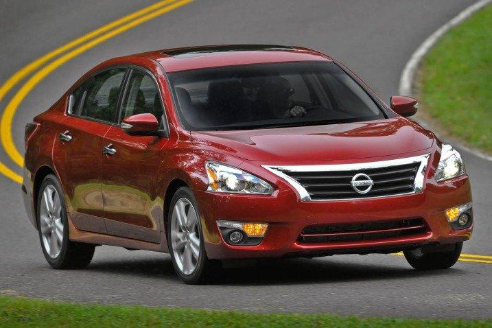 Đánh giá Nissan Altima 2014