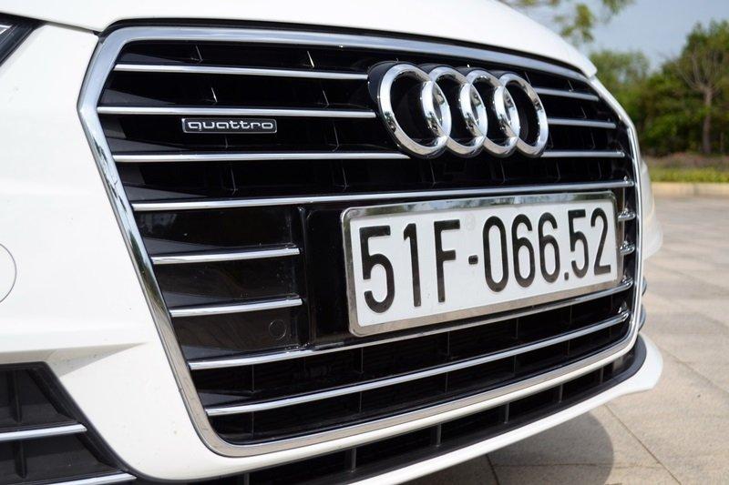 Lưới tản nhiệt của Audi A7 Sportback 2015 dạng khung đơn.