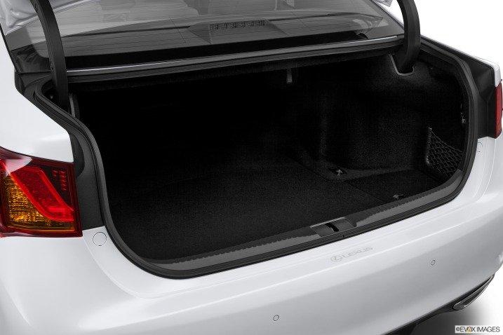Đánh giá không gian xe Lexus GS 350 2014