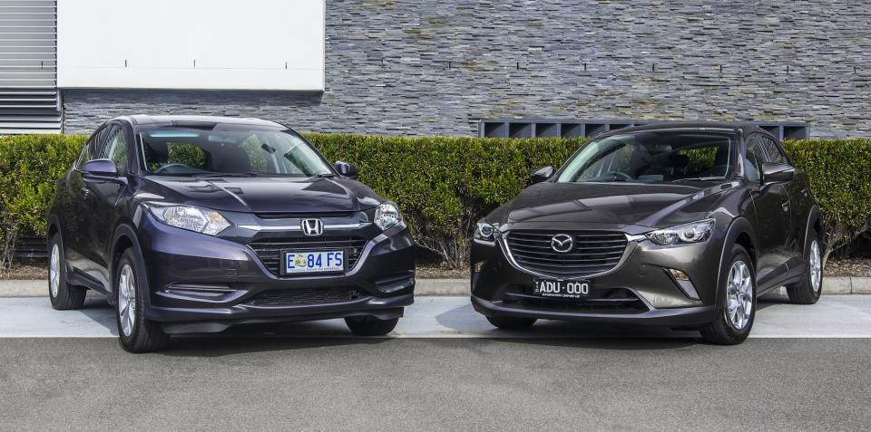 So sánh đầu xe Honda HR-V VTi và Mazda CX3 Max.