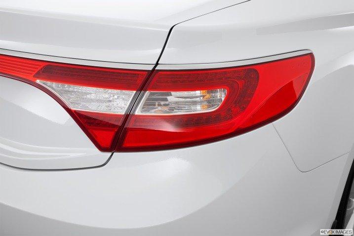 Đánh giá đuôi xe Hyundai Azera 2014