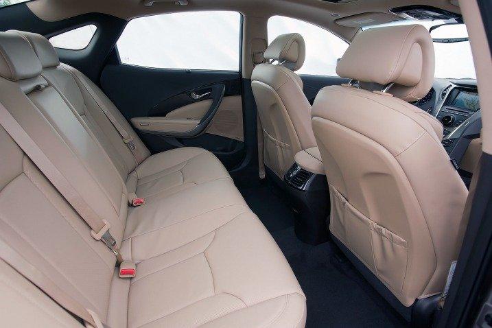 Đánh giá không gian xe Hyundai Azera 2014