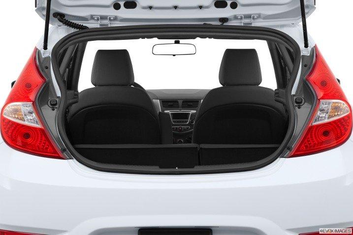 Đánh giá tiện nghi xe Hyundai Accent 2014