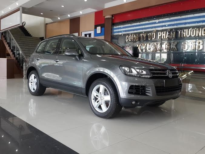 Xe Volkswagen Touareg 2015 2015-1