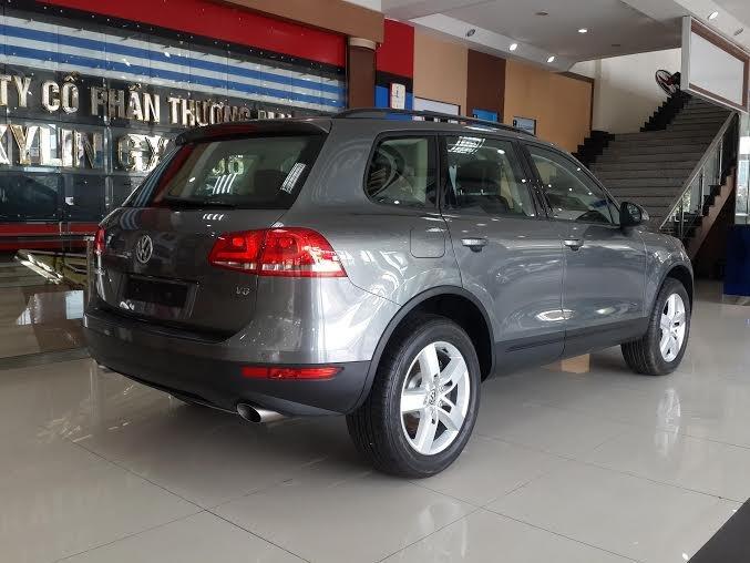 Xe Volkswagen Touareg 2015 2015-2