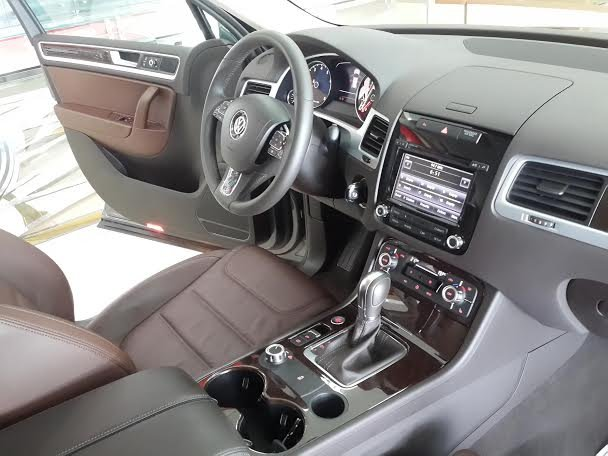 Xe Volkswagen Touareg 2015 2015-7