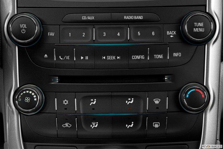 Đánh giá tiện nghi xe Chevrolet Malibu 2014