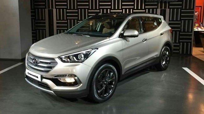 Hyundai Santa Fe 2016.