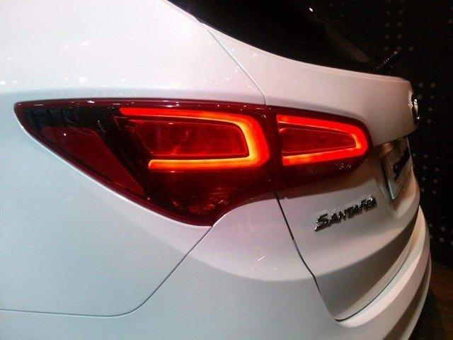 Hyundai Santa Fe 2016 a2