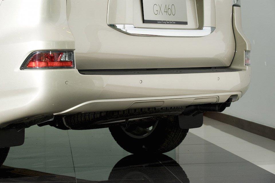 đuôi xe Lexus GX 460 2015 3