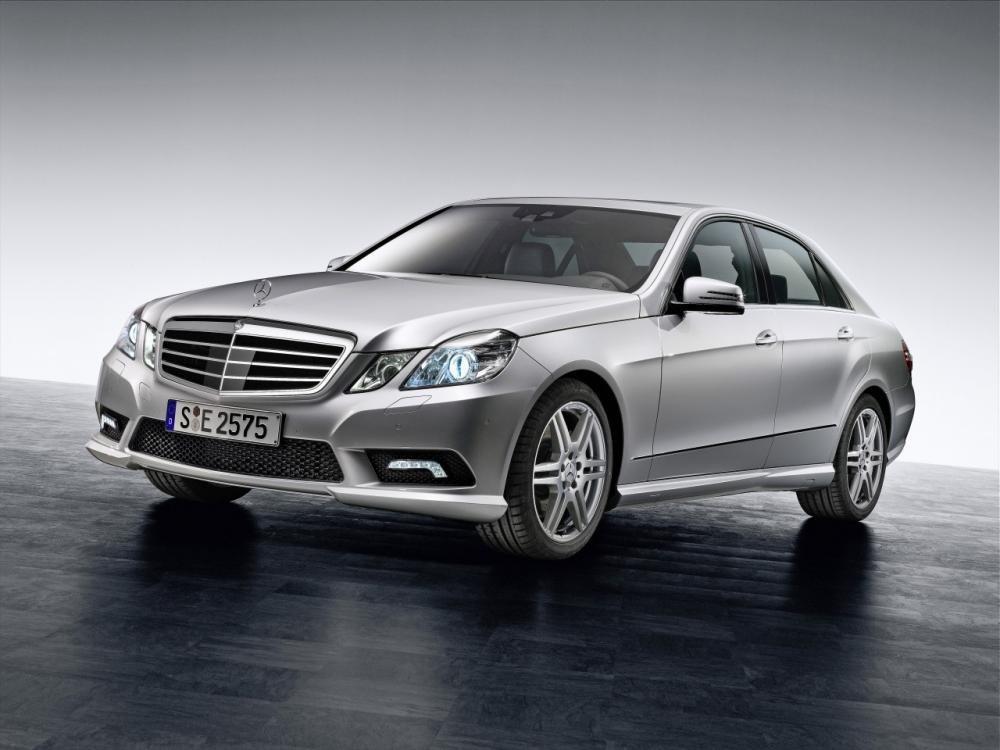 Mercedes -Benz E-Class đang có mức tăng trưởng ấn tượng tại thị trường Trung Quốc.