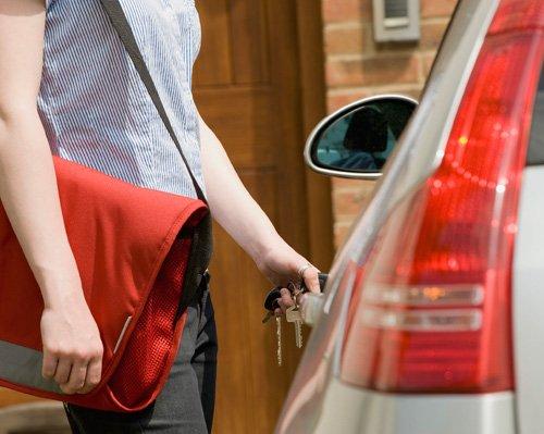lưu ý giúp tài xế Việt tránh phiền toái khi lái xe 2