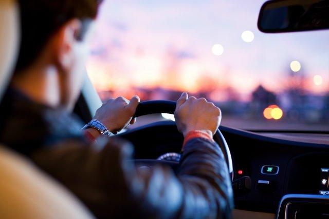 lưu ý giúp tài xế Việt tránh phiền toái khi lái xe
