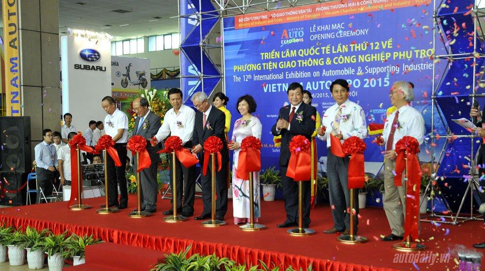 Triển lãm Vietnam AutoExpo 2015 kéo dài từ 17/6 đến hết 20/6.