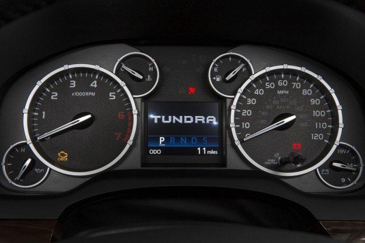Đánh giá nội thất xe Toyota Tundra 2014