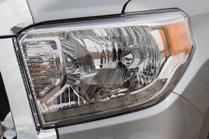 Đánh giá đầu xe Toyota Tundra 2014