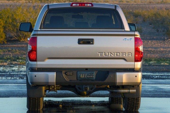 Đánh giá đuôi xe Toyota Tundra 2014