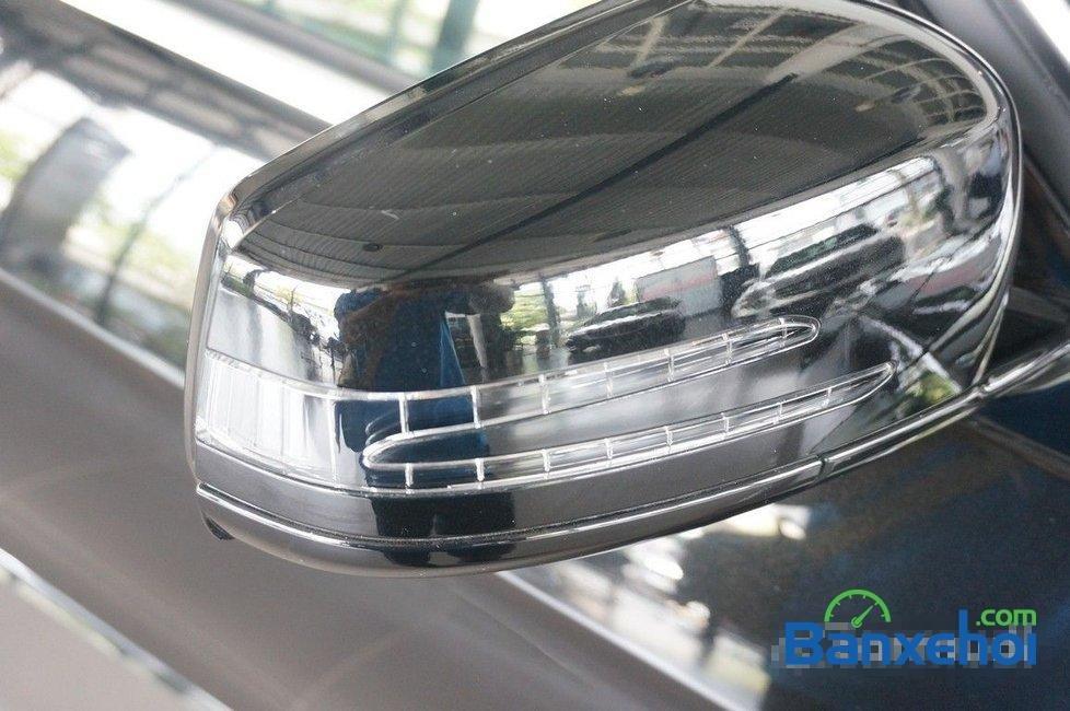 Cần bán Mercedes E250 đời 2015, màu đen-3