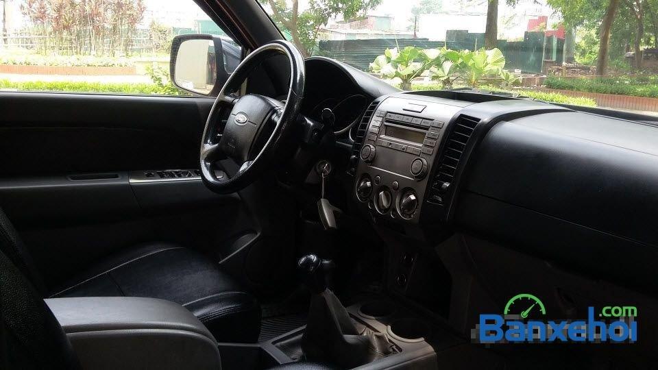 Bán xe Ford Ranger 2011, màu đen chính chủ-3