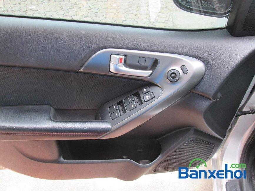 Bán Kia Forte sản xuất 2011, màu bạc đã đi 35000 km -6