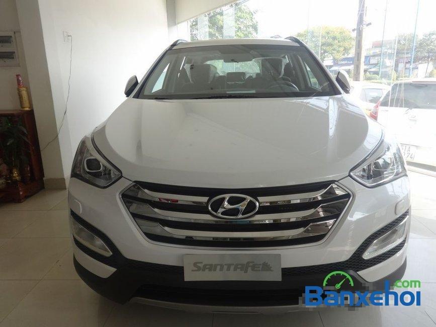 Cần bán Hyundai Santa Fe năm 2015, màu trắng, nhập khẩu-0