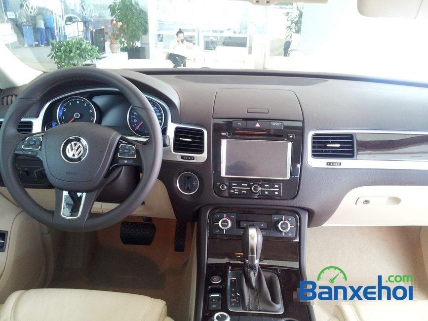 Bán xe Volkswagen Touareg đời 2014, nhập khẩu, giá 2 tỷ 698Tr-12