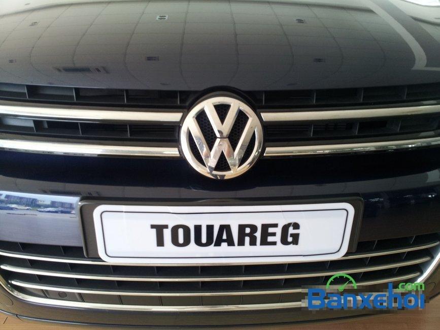 Bán xe Volkswagen Touareg đời 2014, nhập khẩu, giá 2 tỷ 698Tr-2