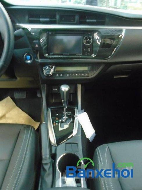 Bán Toyota Corolla altis sản xuất 2015, màu nâu-7
