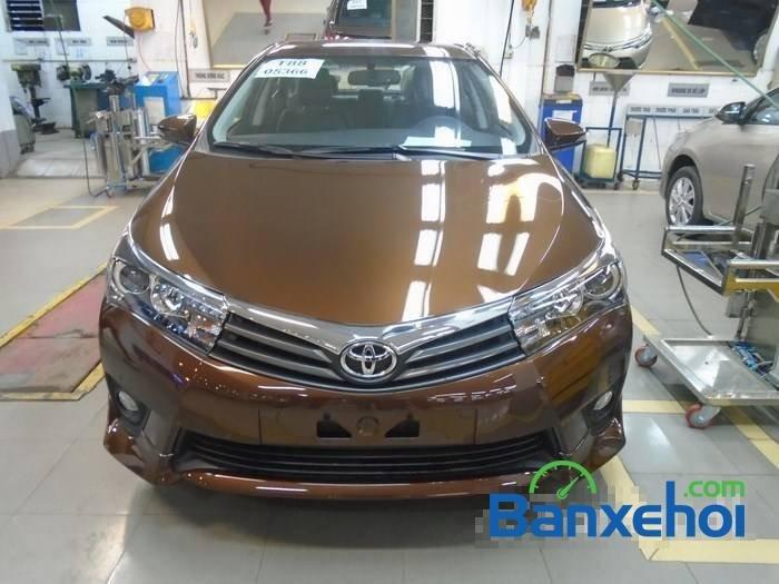Bán Toyota Corolla altis sản xuất 2015, màu nâu-0