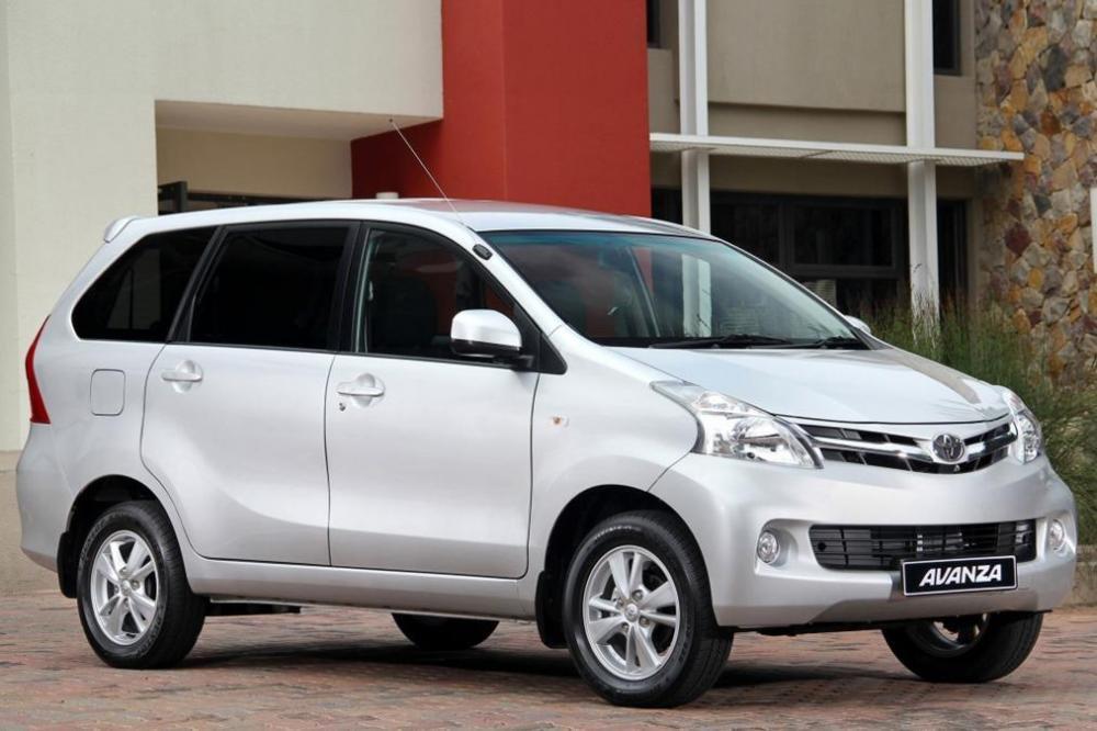 Toyota Avanz.