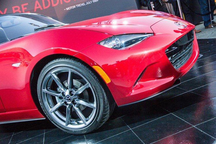 Mazda MX-5 Miata 2016 4