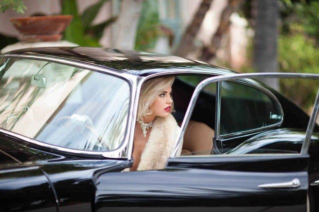 người đẹp và xe.1