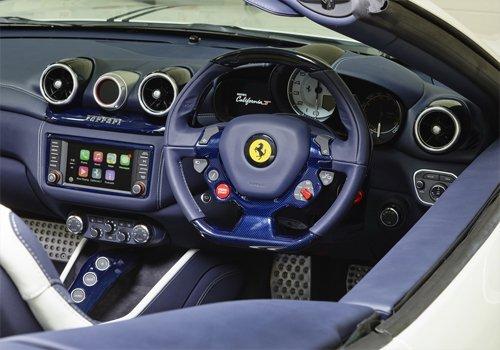 Ferrari California T ra mắt 4