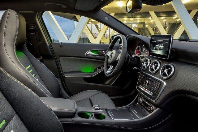 Mercedes-Benz A-Class 2016 3