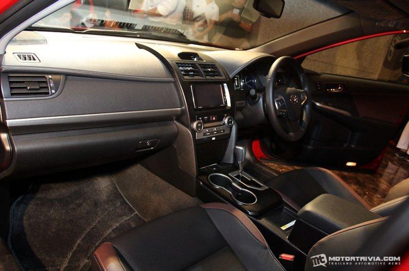 Toyota Camry ESport a5