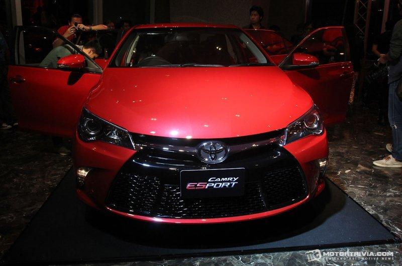 Toyota Camry ESport a2