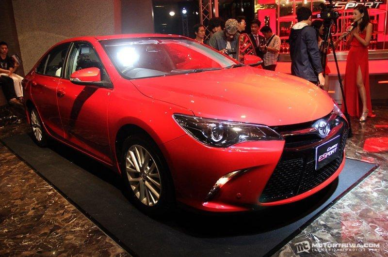 Toyota Camry ESport a1