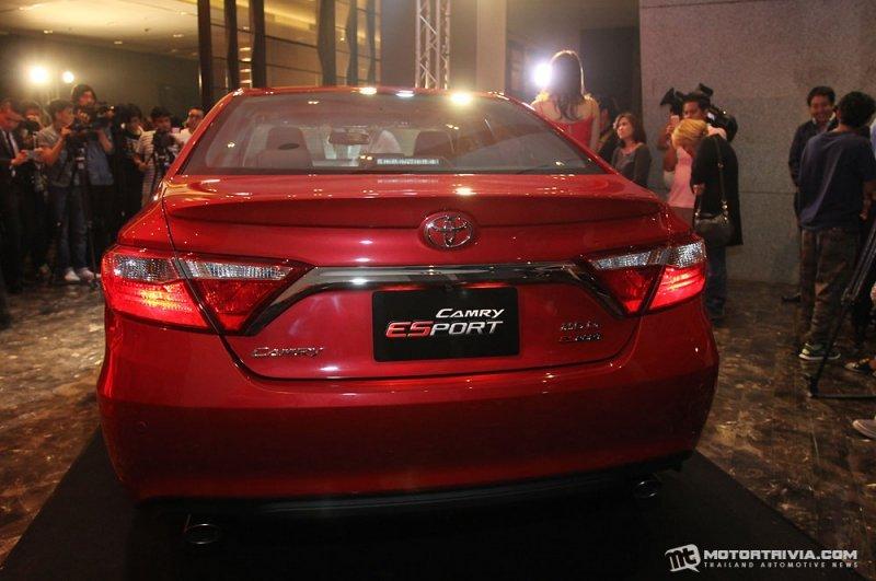 Toyota Camry ESport a4