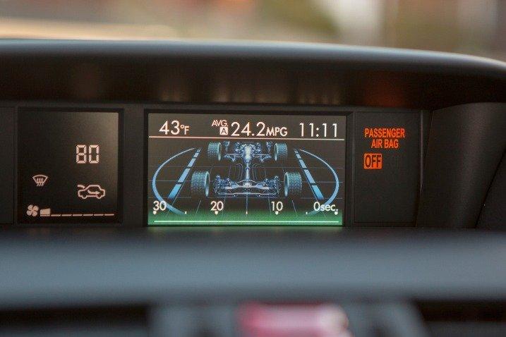 Đánh giá tiện nghi xe Subaru WRX 2015