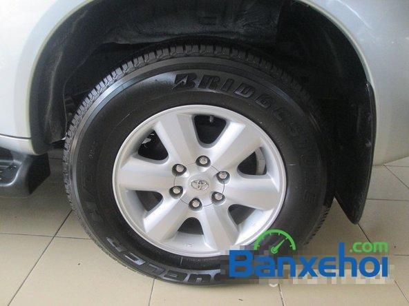Salon Auto Tuấn Thanh Tùng cần bán xe Toyota Fortuner V sản xuất 2011 đã đi 30000 km, giá chỉ 800 triệu-6