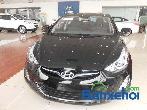 Hyundai Long Biên cần bán Hyundai Elantra Gls đời 2015, màu đen-0