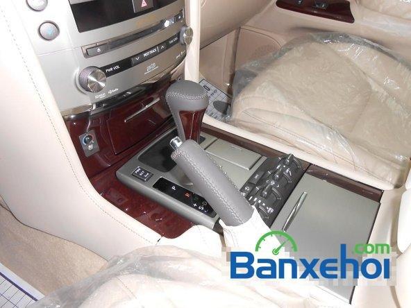 Bán ô tô Lexus LX 570 đời 2014, xe sử dụng nhiên liệu xăng-9
