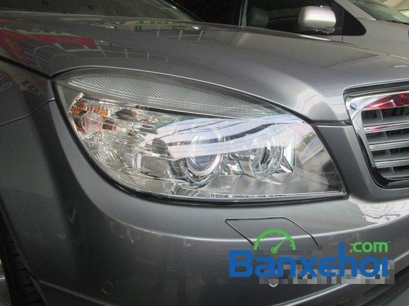Salon Thịnh Lợi bán xe Mercedes-Benz C250 cũ màu bạc,  đã đi 46000 km, giá 950Tr-2