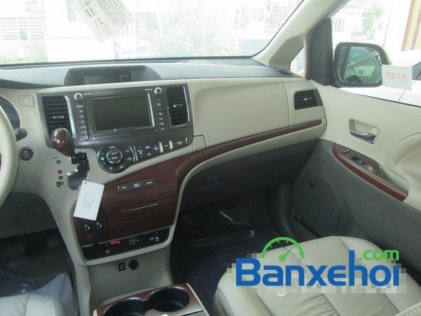 Salon Auto Thanh Thiên Phú cần bán xe Toyota Sienna sản xuất 2013 đã đi 16000 km-9