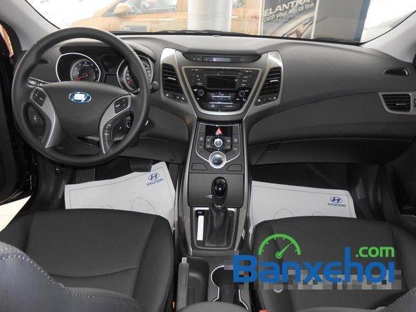 Hyundai Long Biên cần bán Hyundai Elantra Gls đời 2015, màu đen-6