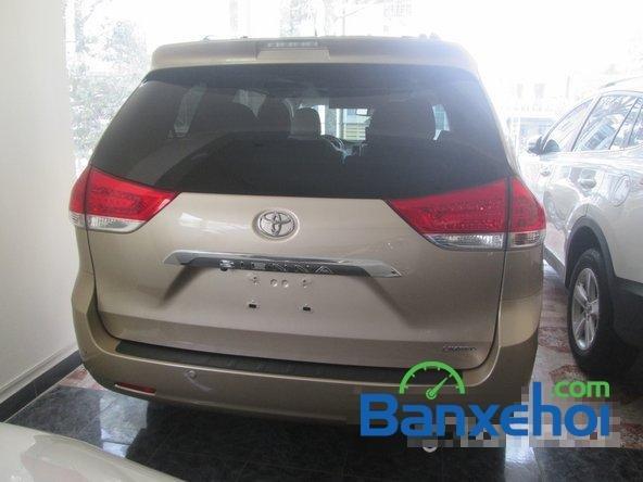Salon Auto Thanh Thiên Phú cần bán xe Toyota Sienna sản xuất 2013 đã đi 16000 km-4