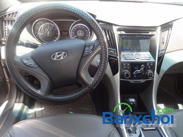 Bảo Việt Auto - HCM bán ô tô Hyundai Sonata đời 2011 đã đi 52000 km-10