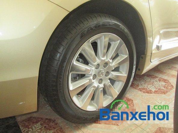 Salon Auto Thanh Thiên Phú cần bán xe Toyota Sienna sản xuất 2013 đã đi 16000 km-5