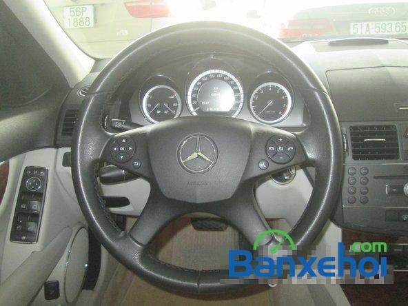 Salon Thịnh Lợi bán xe Mercedes-Benz C250 cũ màu bạc,  đã đi 46000 km, giá 950Tr-11
