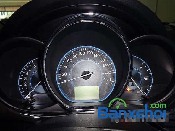 Chợ ô tô Lâm Hùng cần bán xe Toyota Vios đời 2014, màu đen-8